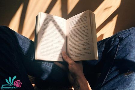 آموزش زبان با رمان